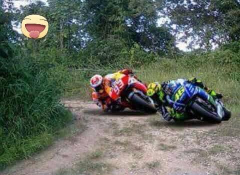 Kumpulan Gambar Lucu Dan Gokil Valentino Rossi Terbaru Download Gambar Kata